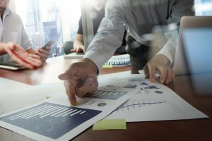tips for getting an accurate business valuation, peercomps